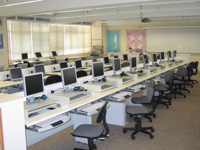 Modular Classroom Security ~ ระบบปรับอากาศสำหรับห้องคอมพิวเตอร์ แตกต่างจากระบบปรับอากาศ