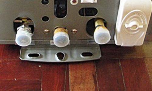 เครื่องทำน้ำอุ่นแก๊ส ขนาด 12 ลิตร พร้อมติดตั้ง ยี่ห้อ crown