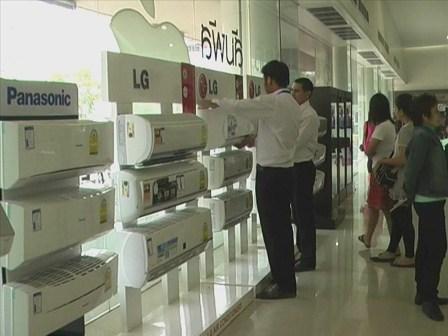 ศูนย์วิจัยกสิกรไทย วิเคราะห์ยอดขายแอร์ปี 2557 จะลดลง 5.4%
