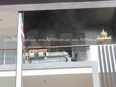 """มีเหตุเพลิงไหม้ที่ร้านขาย ซ่อมแอร์ชื่อ """"ปัญญา แอร์"""""""